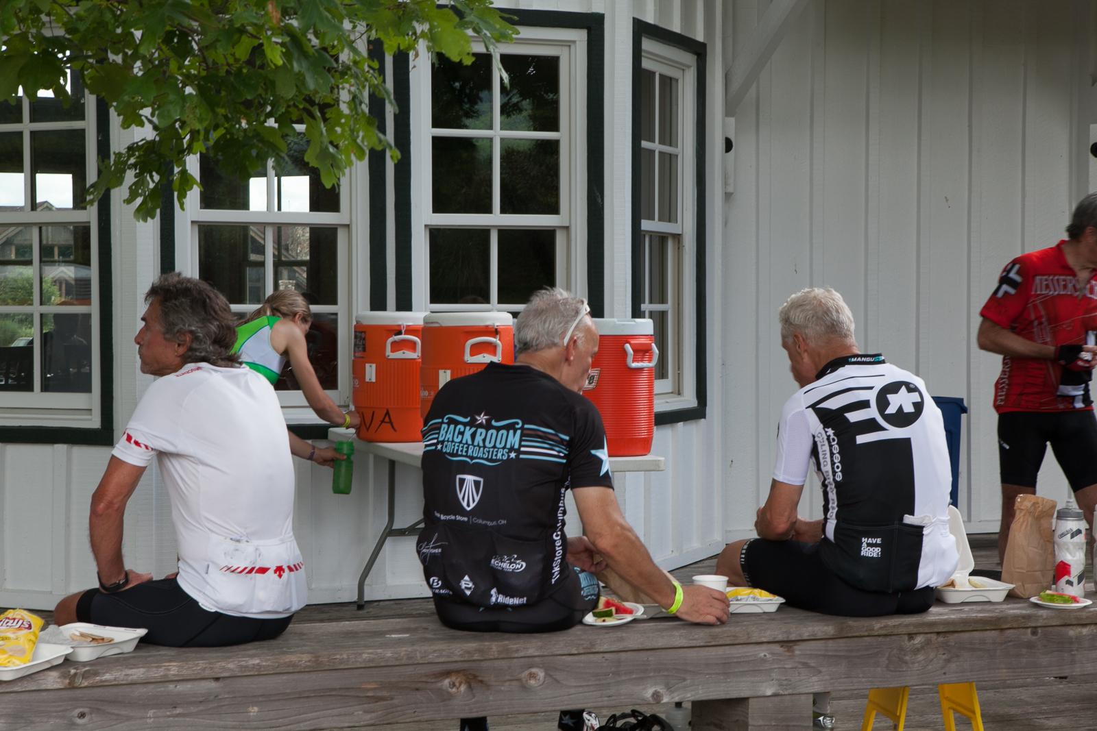 cyclists outside building on bike virginia tour